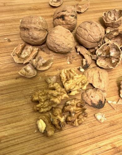 Био Орехи - ядка - насипни, 1 кг. 2