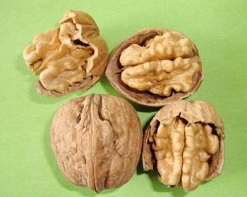 Био Орехи с черупка, 1 кг. 1